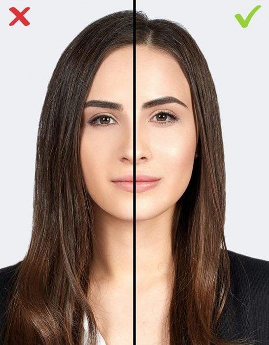 mujer con saco negro pureba error de maquillaje