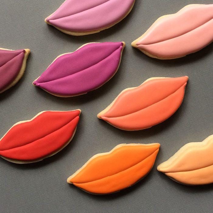 repostería galletas de colores labios