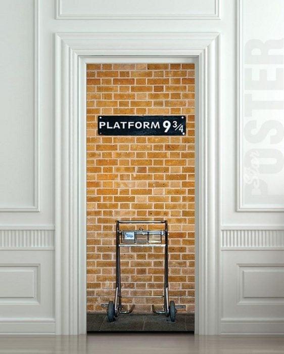 Puerta de un cuarto inspirada en Harry Potter