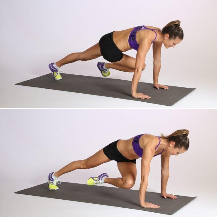 Chica realizando ejercicios para el abdomen Full Plank Passé Twist