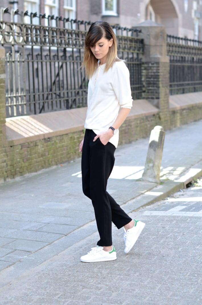 Cómo combinar un pantalón jogging | Belleza