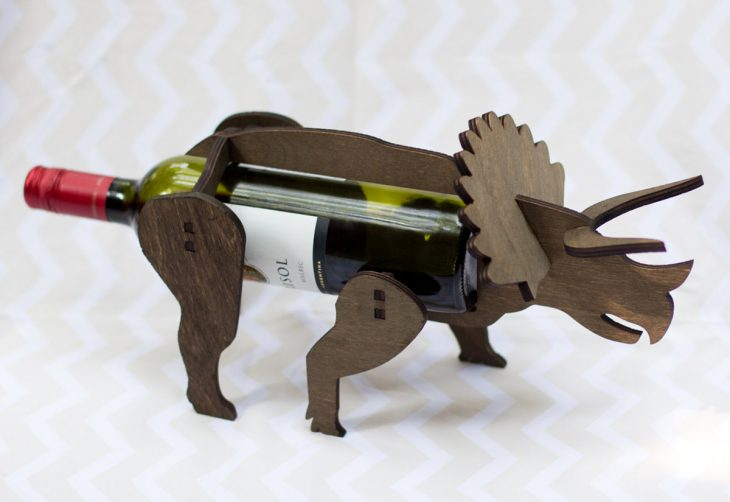 Dinosaurio para colocar botellas de vino