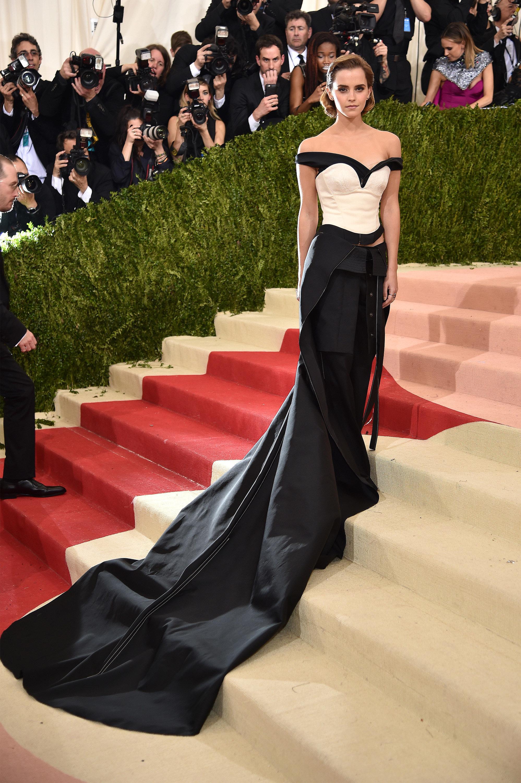 Este es el vestido que Emma decidió usar durante la gala