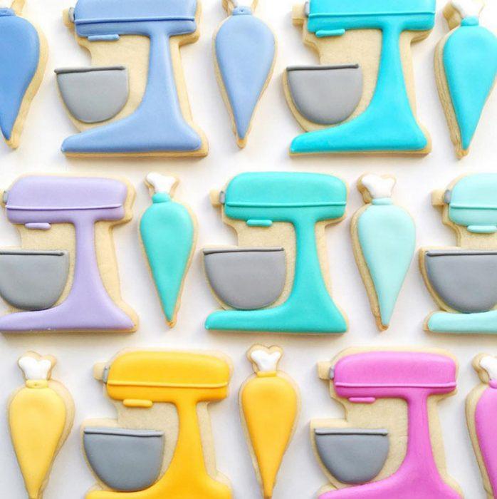 repostería galletas de colores batidoras
