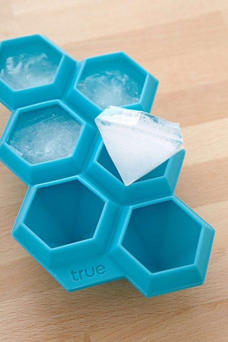 hielos en forma de diamantes