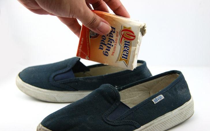 bicarbonato en zapatos