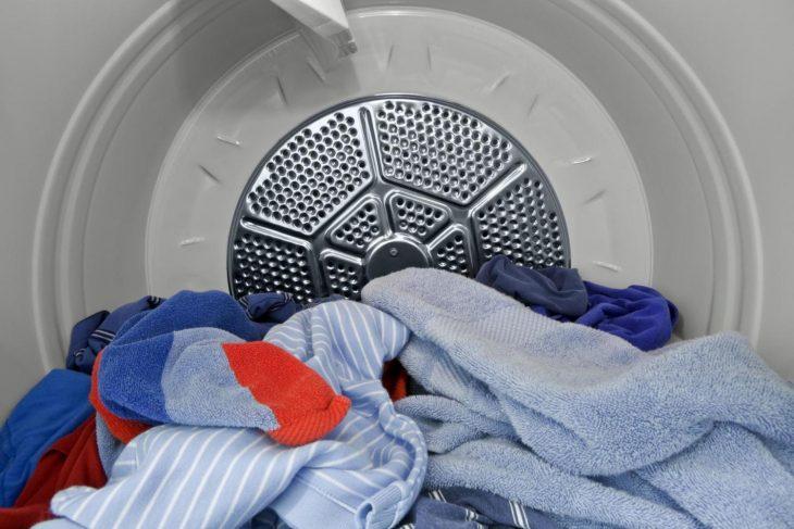 ropa en secadora