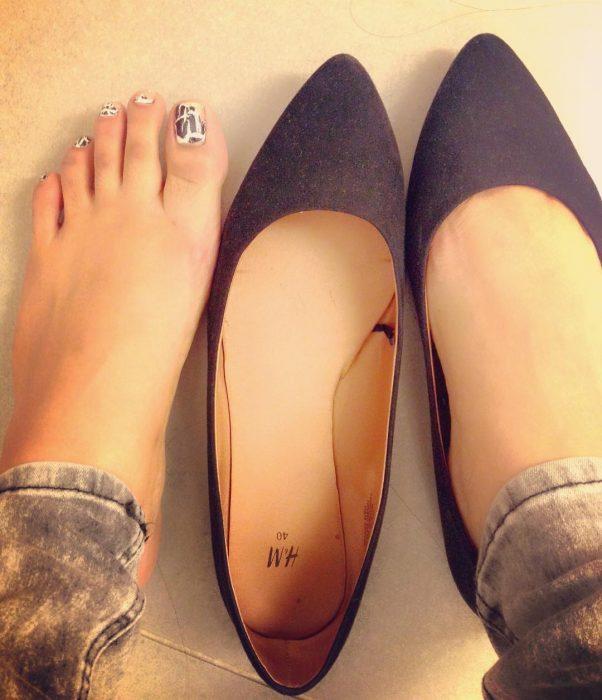 zapatos grandes de punta