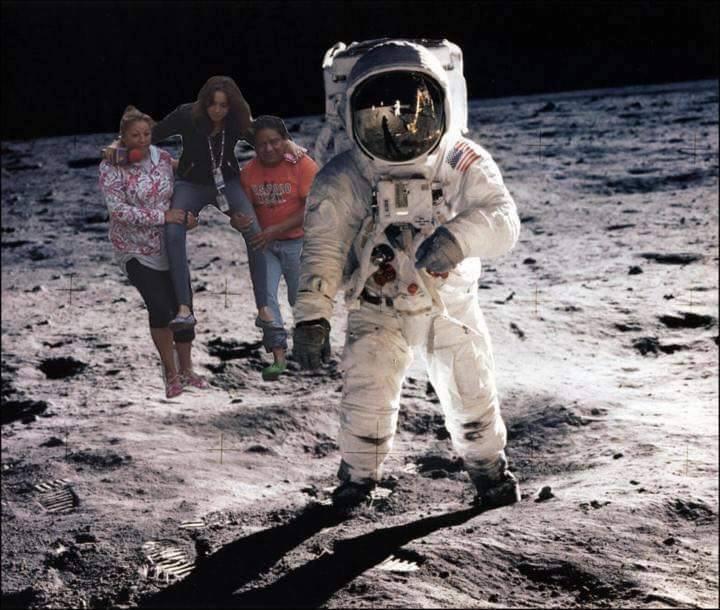 #LadyReportera desde la luna