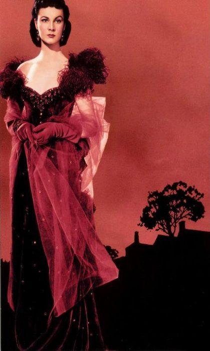 Scarlet O'Hara usando un vestido de color rojo en la película lo que el viento se llevó