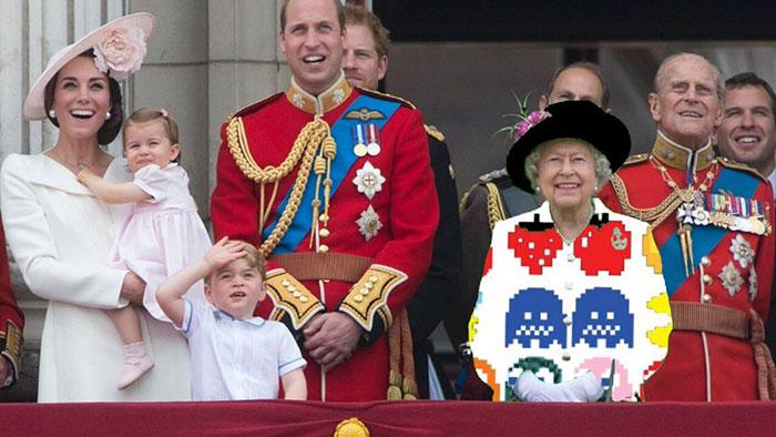 Reina Isabel vestida como un pacman