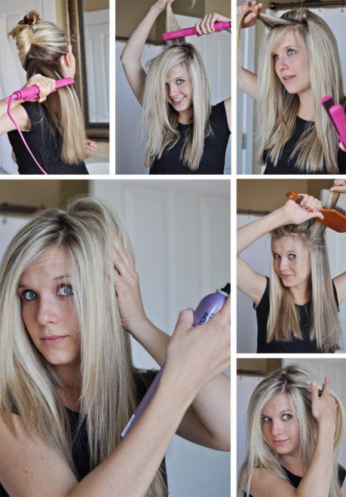 Chica alaciando su cabello con una plancha