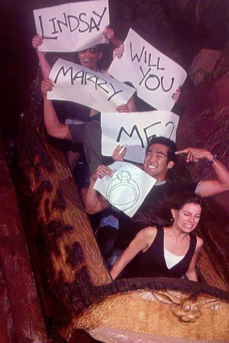 Propuestas de matrimonio en un parque de diversiones