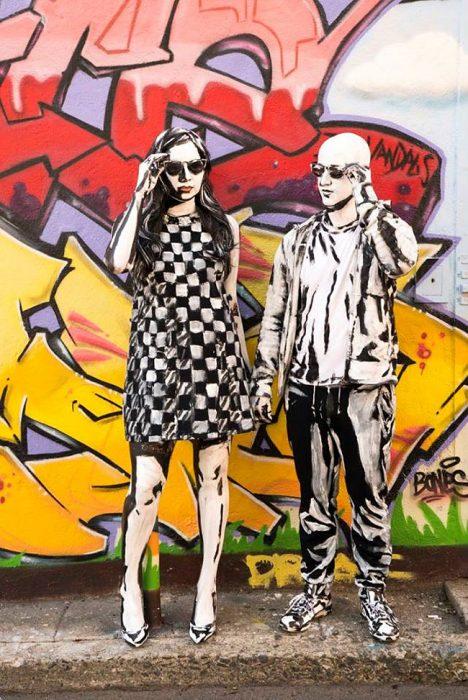 pareja pintados con acrílico