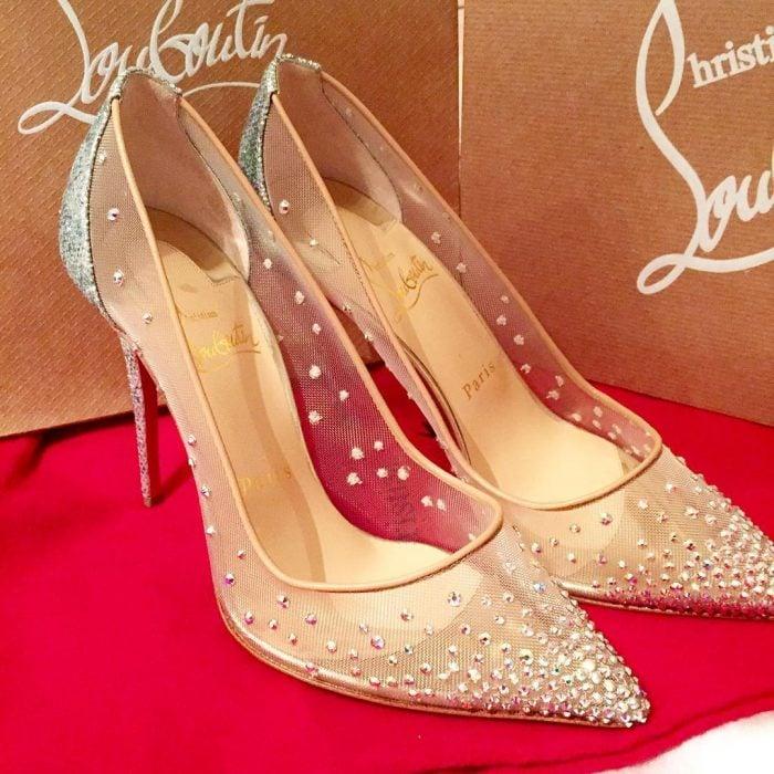 Zapatos de novia color piel con transparencias y piedrería