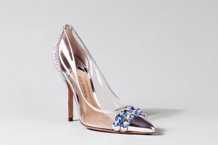 Zapatos de novia color tornasol con transparencias y piedrad
