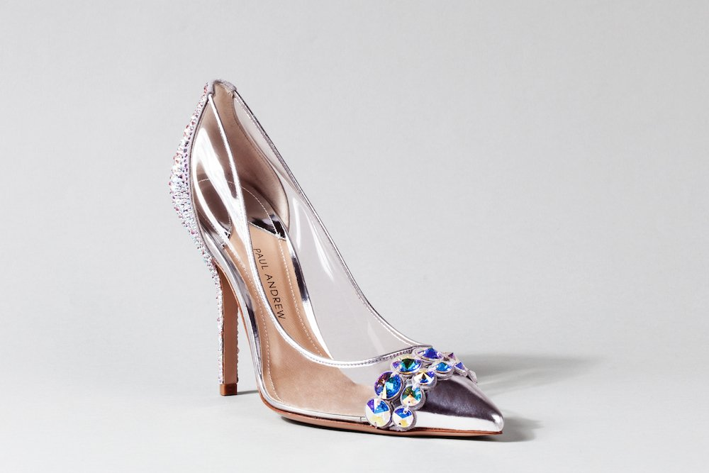 c8adeb9963 20. Ahora estás lista para brillar. Zapatos de novia ...