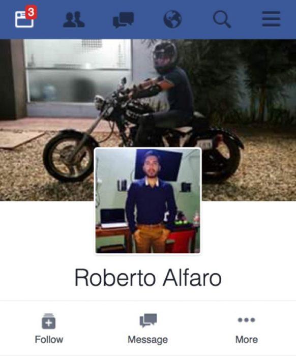 perfil de facebook de hombre de pie Roberto Alfaro