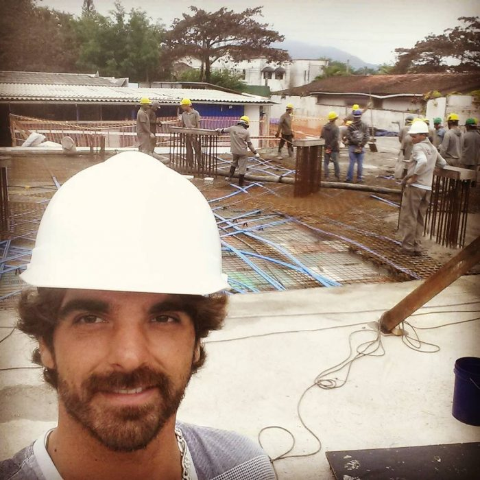 ingeniero en una construcción