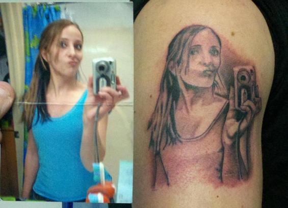 tatuaje feo de selfie mala