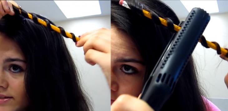 mujer con mechones de cabello y lapiz enrrollado
