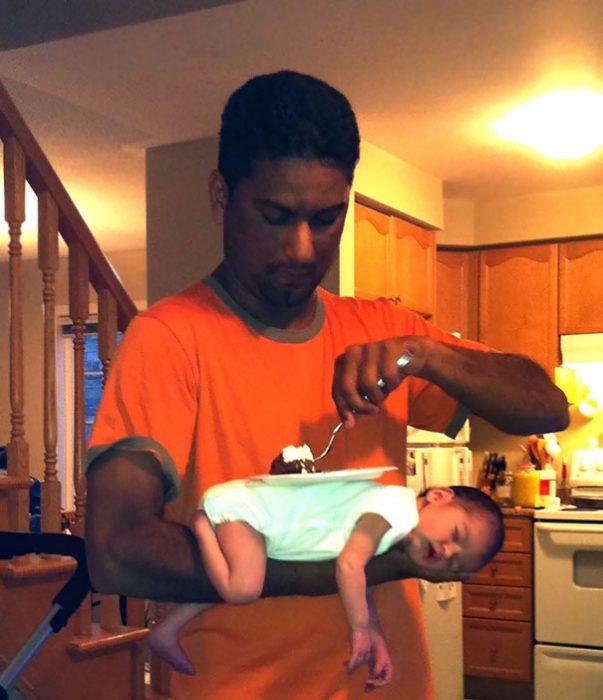 papá con bebé como base para plato
