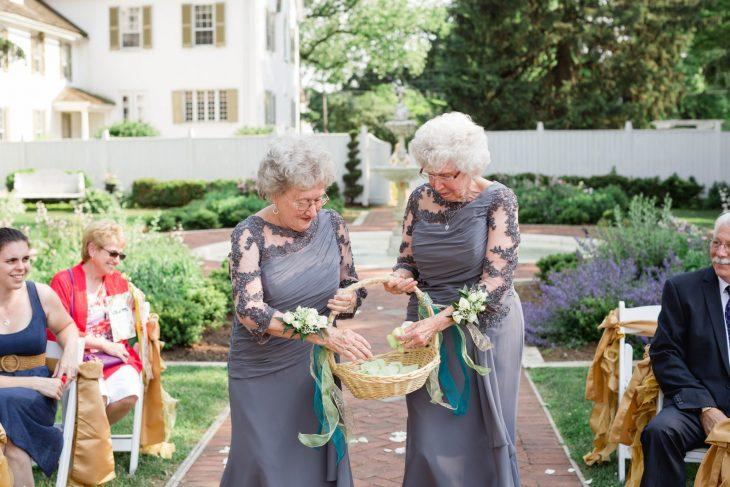 abuelas damas de honor