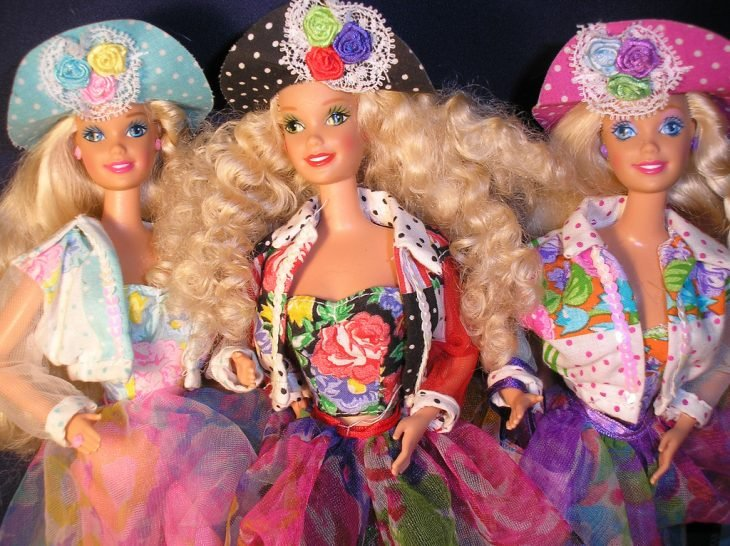 Muñecas Teen Talk Barbie