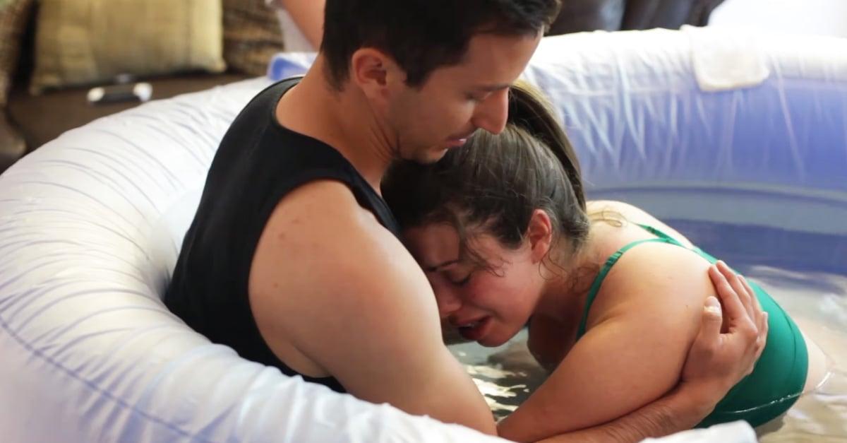 Este hombre tranquilizo a su esposa durante el parto de una forma increíble
