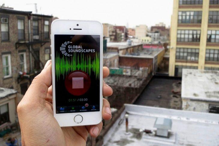 celular con app para grabar sonidos