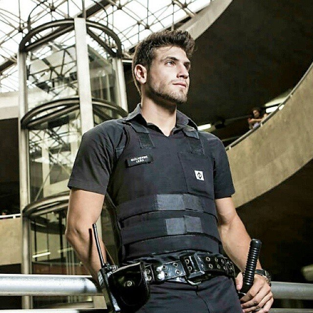 El policía más sexy del mundo