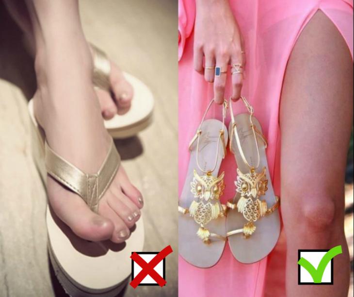 pies con sandalias doradas y vestido rosa con sandalias de buho