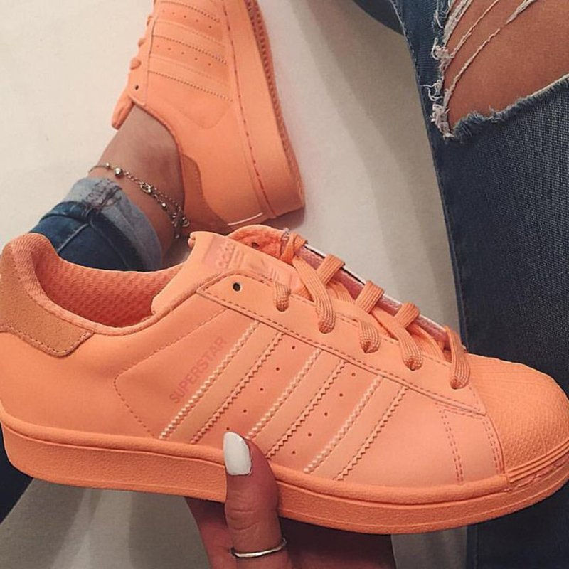 size 40 784af 249de ... coupon for pies de mujer con tenis adidas superstar naranja ace3e f559d