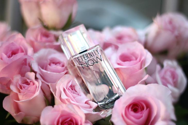 Perfume en rosas