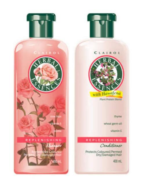 Shampoo y aocndicionador Herbal Essences.