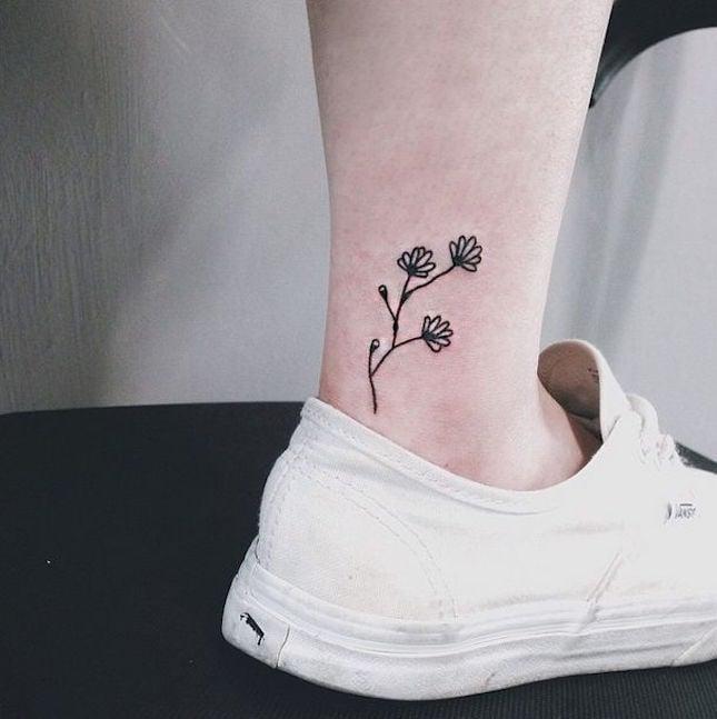flores en el tobillos