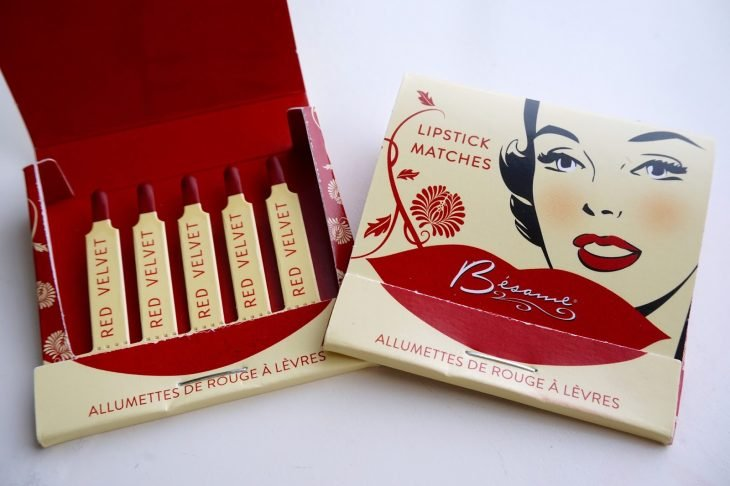 red lips matchbook