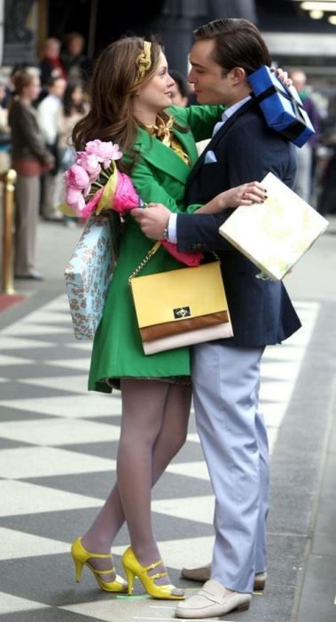 Girls gossip scene series.  Chuck and Blair with gifts
