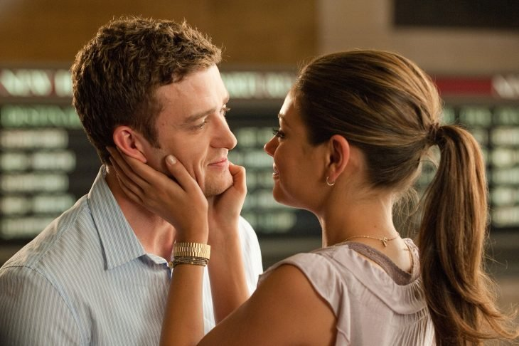 Movie scene friends with benefits.  couple kissing