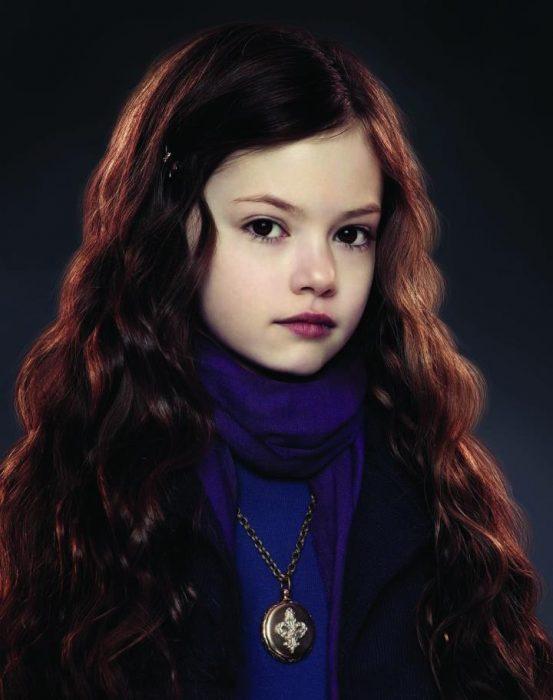 Mackenzie Foy en el papel de renesmee cullen de la saga crepúsculo