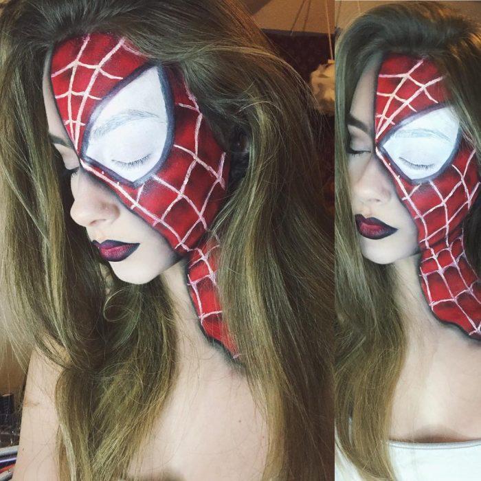 Chica crea maquillaje de fantasía inspirado en spiderman