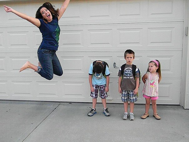 Mom jumping because their children back to school