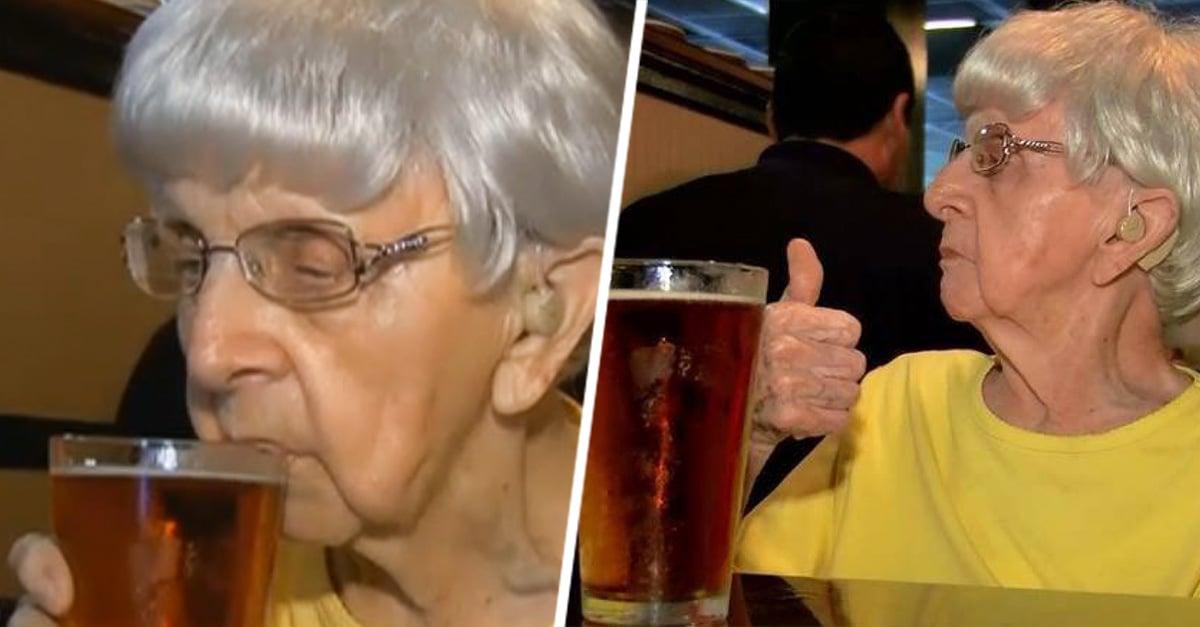 Anciana de 103 años afirma que el secreto de la longevidad radica en beber cerveza