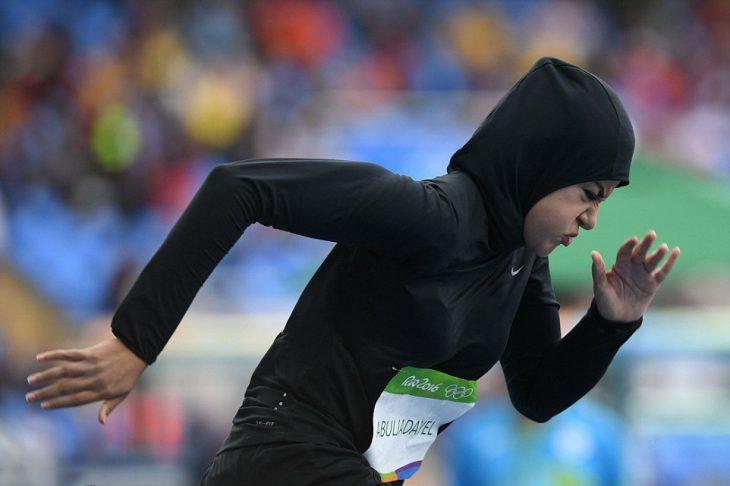Mujer de Arabia Saudita compitiendo en los juegos Olímpicos de Río 2016