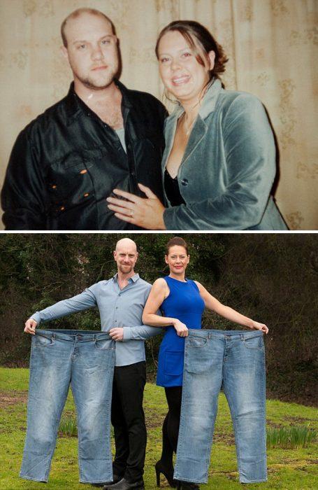 Pareja mostrando unos pantalones de su antes y después de perder peso