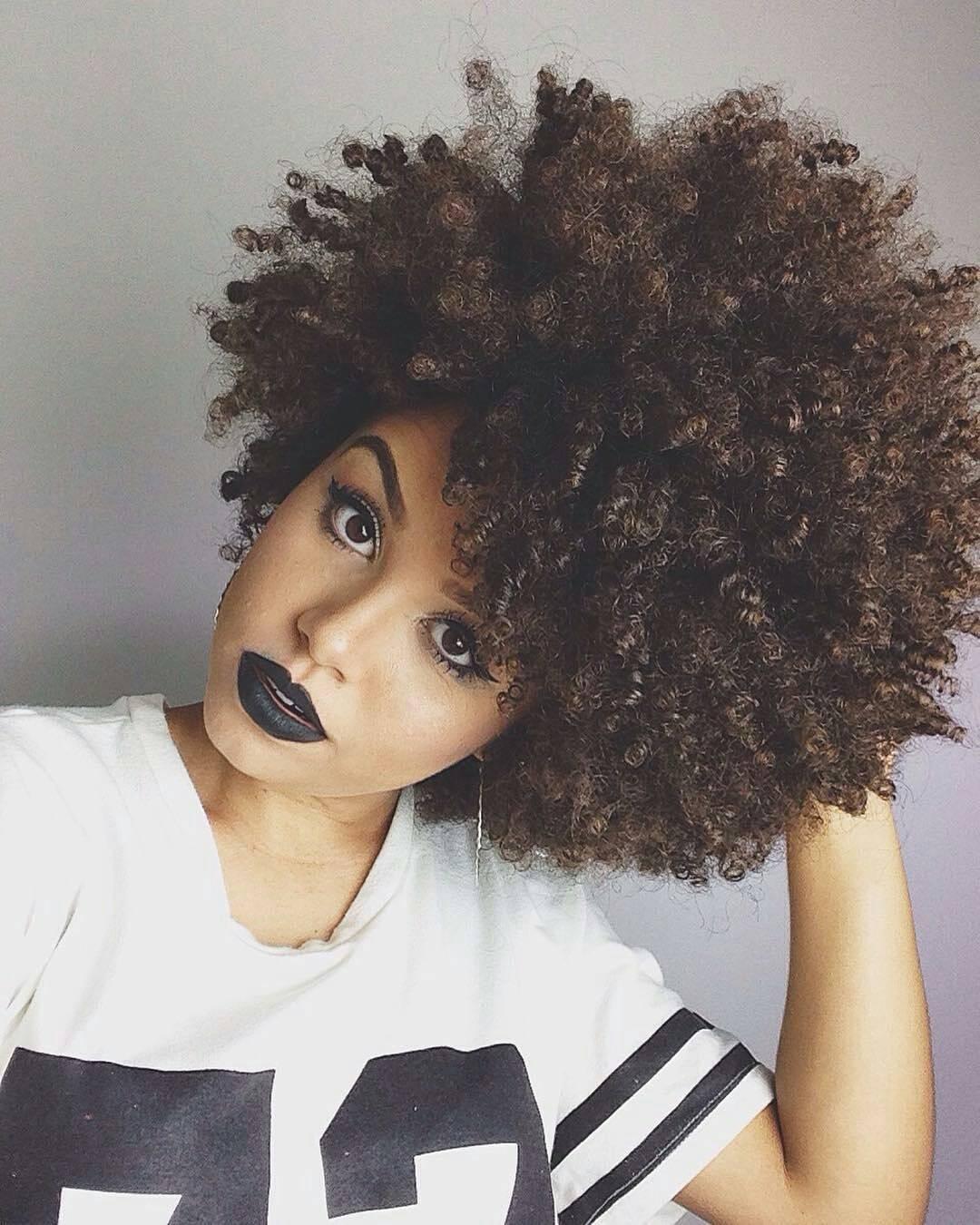 15 Razones por las que no deberas usar labial negro - Afro Weave Hairstyles