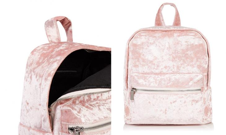 mochila rosa suave de tela de terciopelo