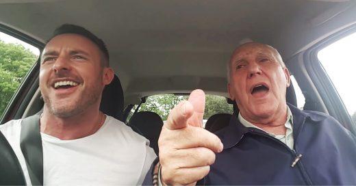 Su padre padece Alzheimer, pero él lo 'devuelve a la realidad' con esta canción