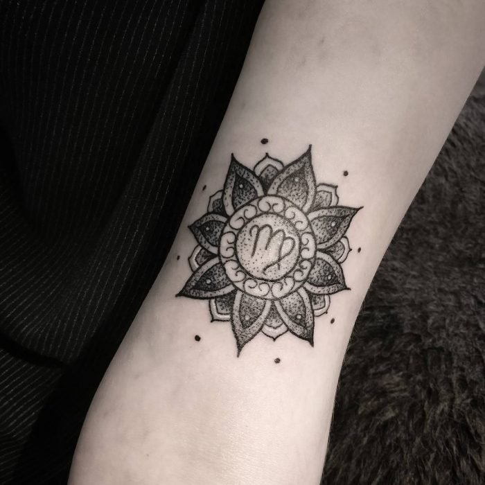 Tatuajes del signo virgo