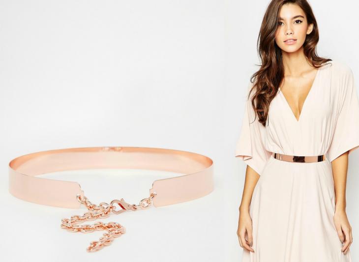 mujer de cabello largo con cinta de color rose gold
